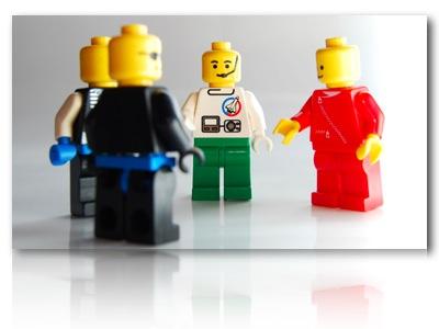Lego_guys_talking.006